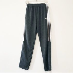Adidas classic tapered jogger pants youth XL